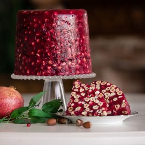 Pomegranate flavored Luxury King Turkish delight with hazelnuts  (200 G)
